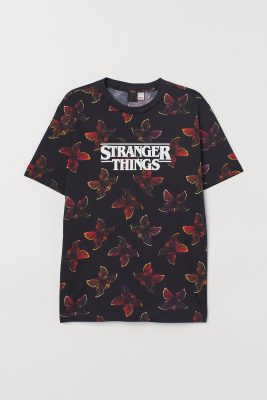 La collab H&M x Stranger Things arrive pour un été très eighties 150*150