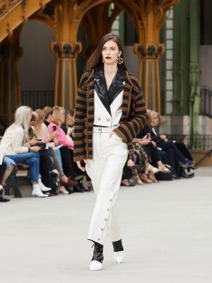 Défilé Chanel Croisière 2019/2020 : invitation au voyage au Grand Palais 150*150