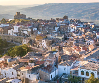marieclaire_italian_sabbatical_grottole_airbnb
