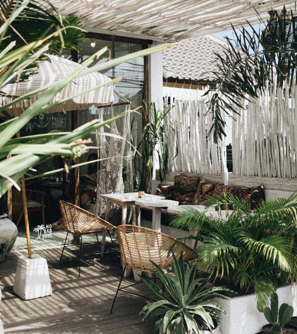 4 astuces pour optimiser un balcon ou une terrasse étroite afin de profiter pleinement du beau temps