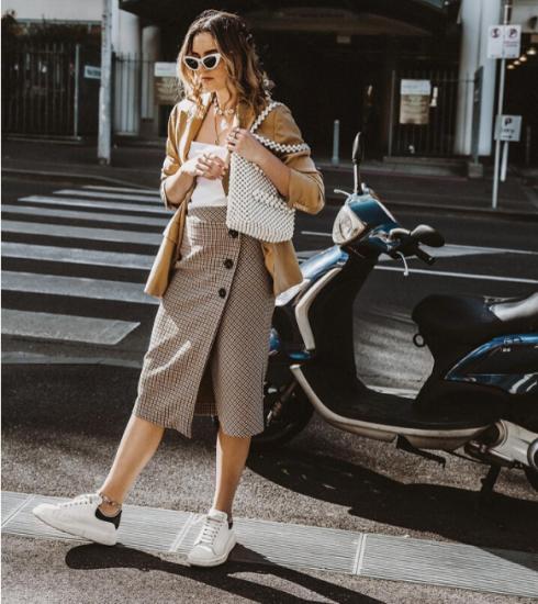 Tendance : 5 façons de porter la jupe midi (+ notre shopping)