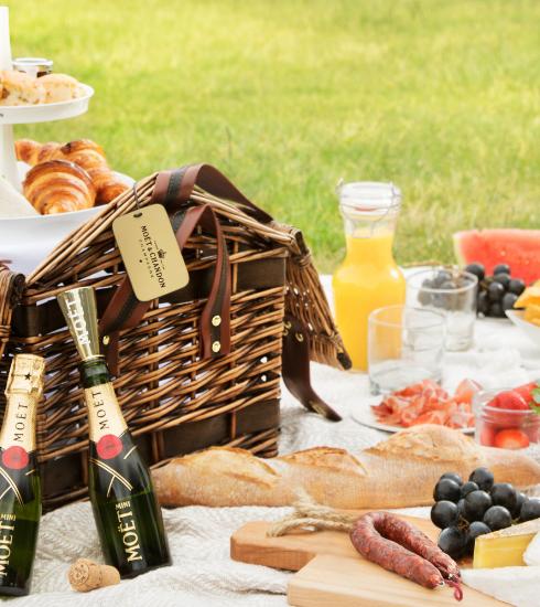 Moët Grand Day : tout l'été, on pique-nique au champagne au Château den Brandt