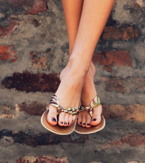 Soins : des jolis pieds en huit étapes !