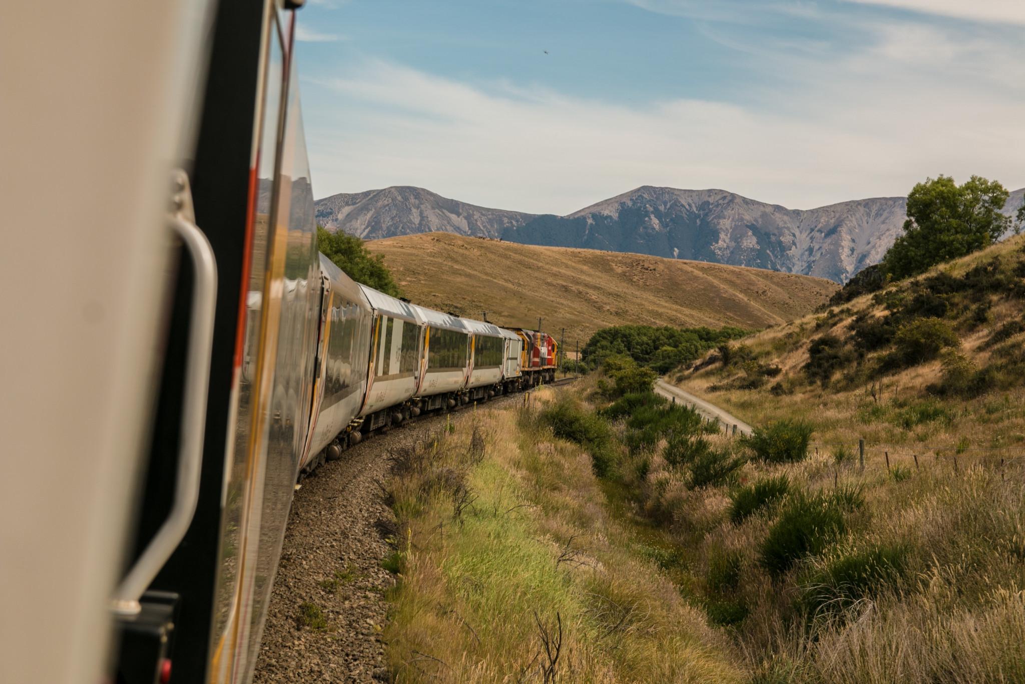 Génération Y vs. Baby Boomers : comment voyagent les Belges ? train