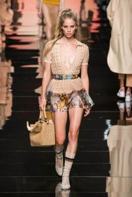 Milan Fashion Week : retour en images sur le défilé Fendi printemps-été 2020 150*150