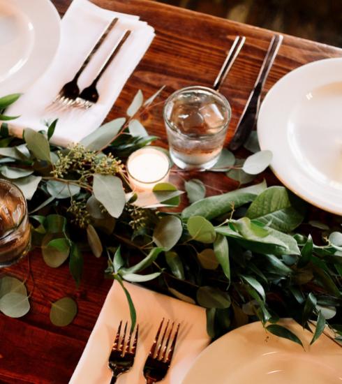 Nos astuces de pro pour une belle table de fêtes (+ notre sélection shopping)