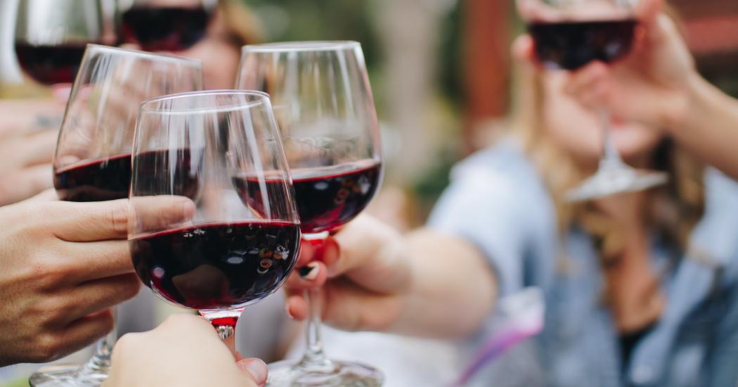 Tournée minérale : quels sont les effets de l'alcool sur votre corps ?