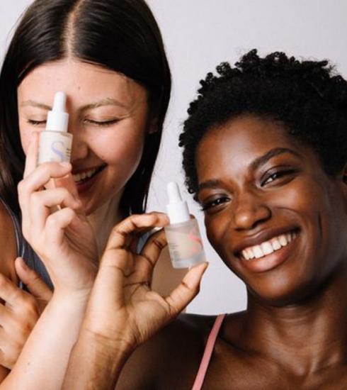 Beauté : 10 marques de cosmétiques plus clean à tester d'urgence
