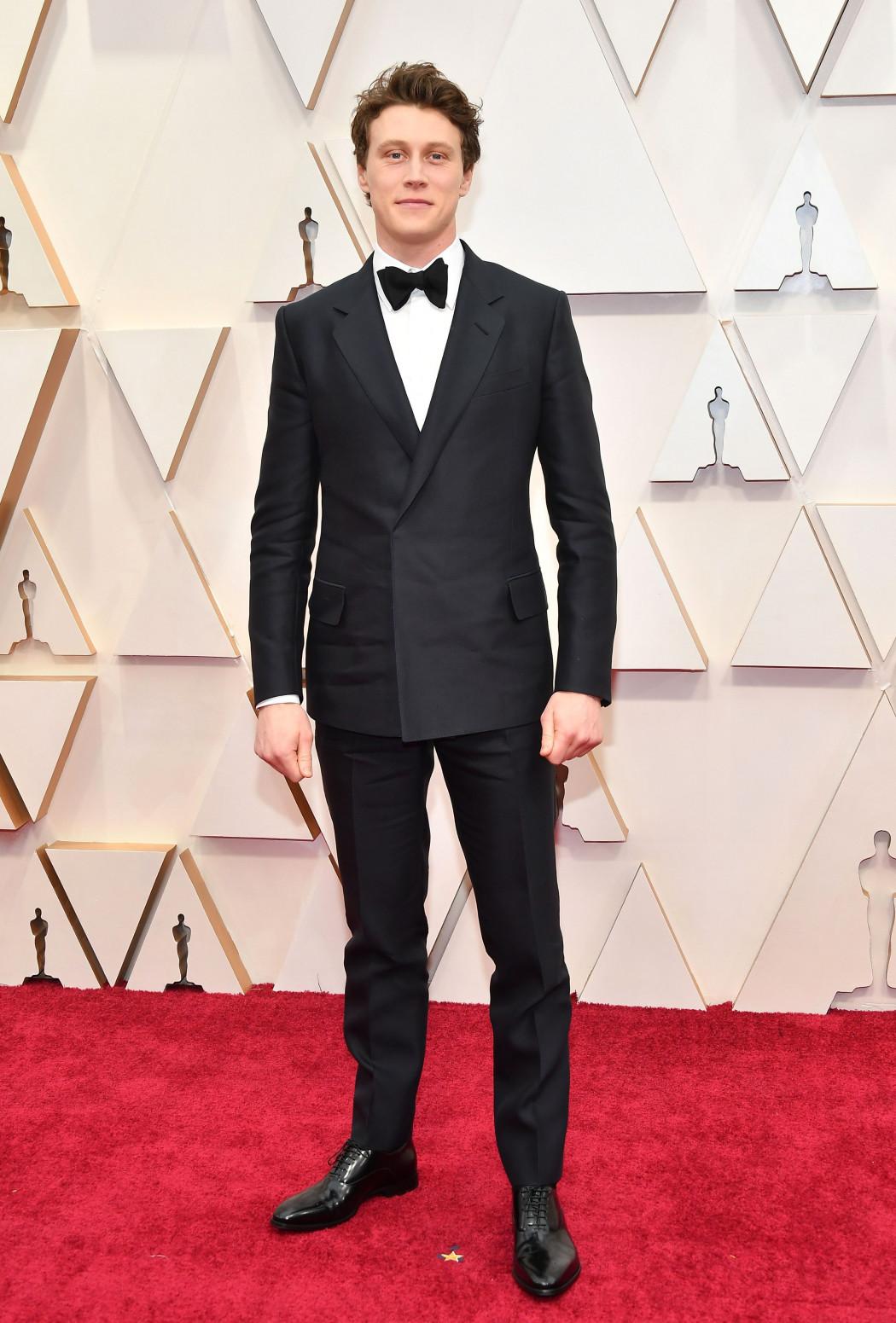 Oscars 2020 : les plus beaux looks du tapis rouge le plus glamour de l'année - 12