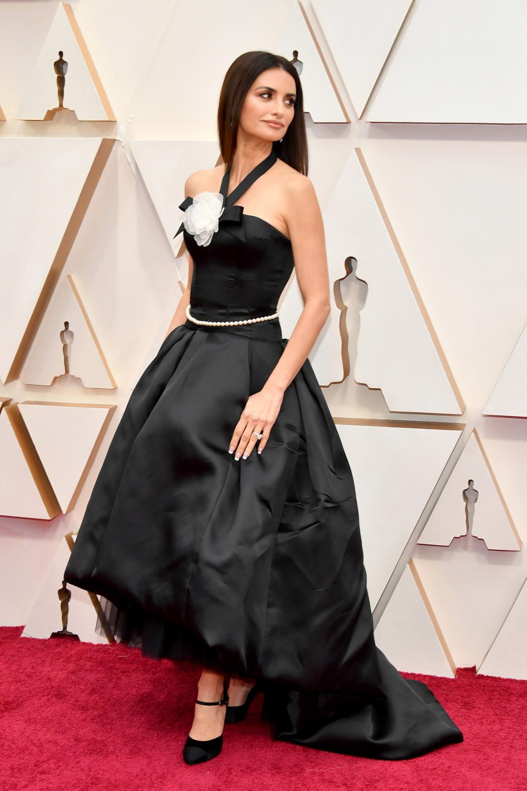 Oscars 2020 : les plus beaux looks du tapis rouge le plus glamour de l'année - 10