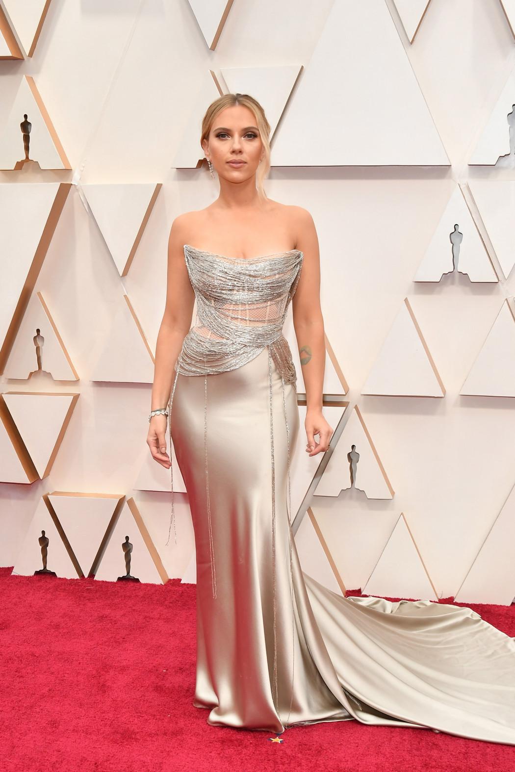 Oscars 2020 : les plus beaux looks du tapis rouge le plus glamour de l'année - 5