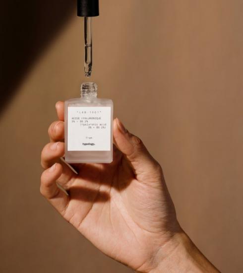 Pourquoi il est temps d'intégrer l'acide hyaluronique à votre routine beauté