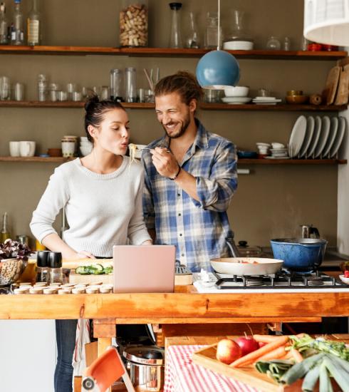 10 activités pour les soirées en amoureux à la maison