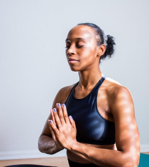 Yoga for Think Pink : un festival de yoga en ligne pour soutenir la lutte contre le cancer
