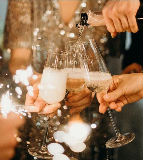 Recettes : 7 cocktails à base de champagne pour les fêtes