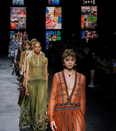 Défilé printemps-été 2021 : la cérémonie mystique de Dior