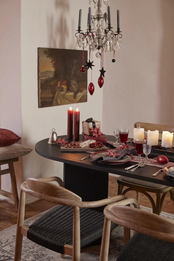 Table de Noël : 10 inspirations pour succomber au charme du décor suspendu - 10