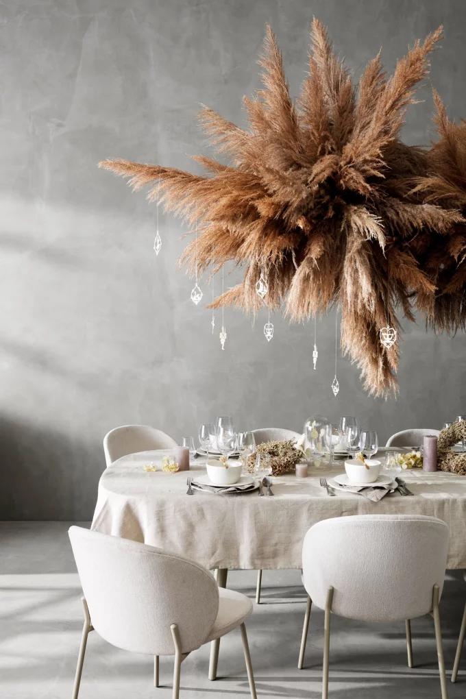 Table de Noël : 10 inspirations pour succomber au charme du décor suspendu - 6