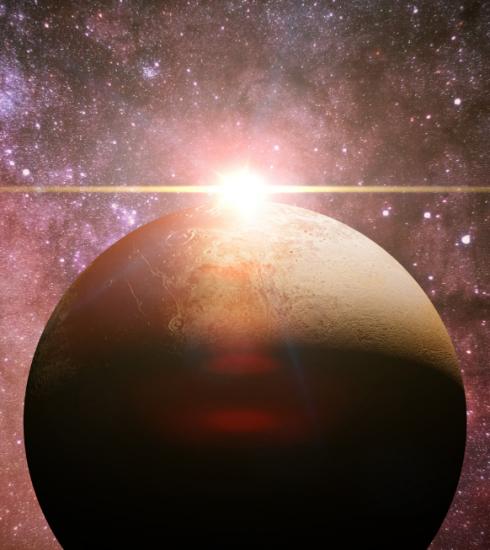 Pluton rétrograde pour six mois : qu'est-ce que ça implique pour votre signe astro ?
