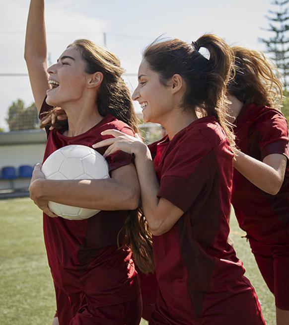 DreamTeam : le jeu de plateau inclusif et féministe pour les mordues de foot