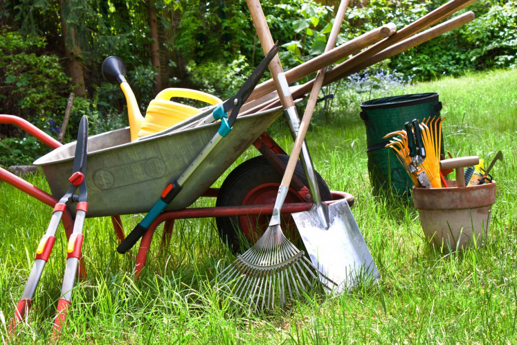 outils de jardin rangement entretien