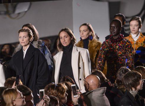 Dries Van Noten viert 100ste show met topmodellen