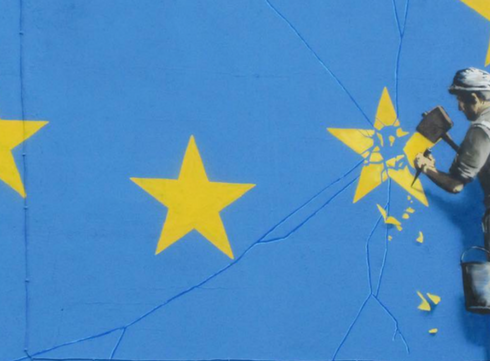 Banksy stelt Brexit aan de kaak met nieuw kunstwerk