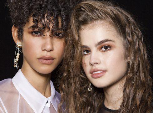 80s krullen: de meest verrassende haartrend van het seizoen
