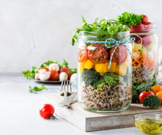 marieclaire-meal-prepping-recept-salad-jar-vandemoortele-00