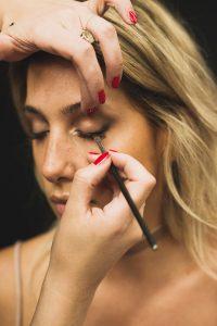 festival make-up mac tips