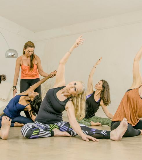 AntwerpYoga viert tienjarig bestaan met gratis yogafestival