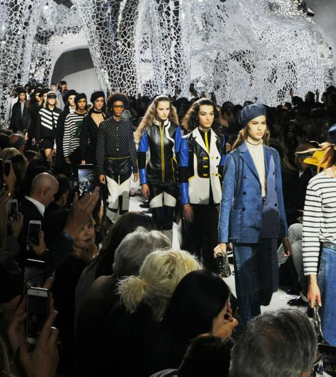 Paris Fashion Week: De Dior SS18 show in foto's