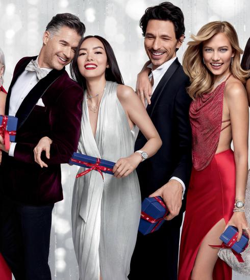 Celebs schitteren in nieuwe eindejaarscampagne van Swarovski