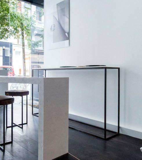 Lore Van Keer strijkt neer in Antwerpen met nieuwe collectie
