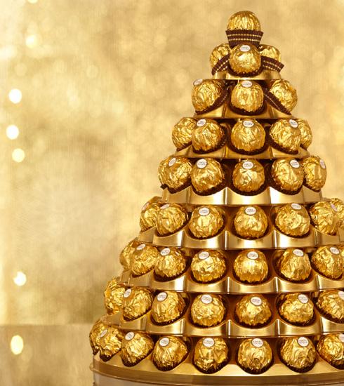 Hang een Ferrero Rocher in de kerstboom van Antwerpen en steun de Warmste Week