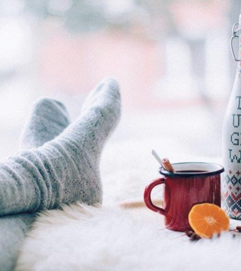 Vandaag is het Ugly Christmas Sweater Day en daarom drinken wij… Ugly Glühwein!
