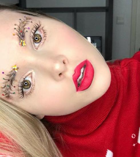 Gespot op Instagram: #christmasbrow, aka de kerstwenkbrauw