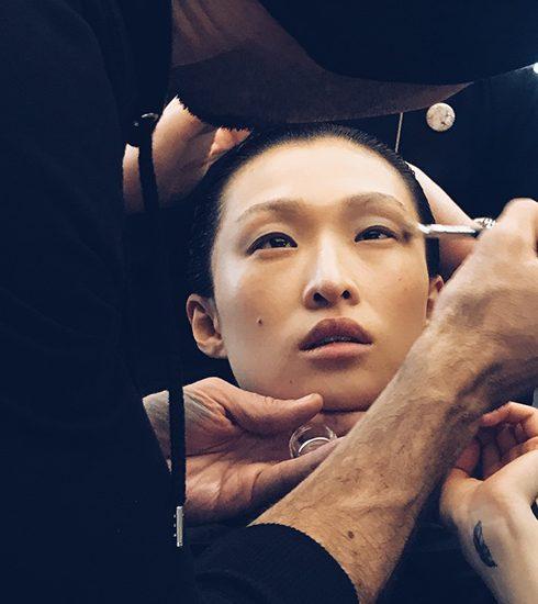 Paris Fashion Week: modellen als krijgers met haren als sabels voor Ann Demeulemeester (met M.A.C)