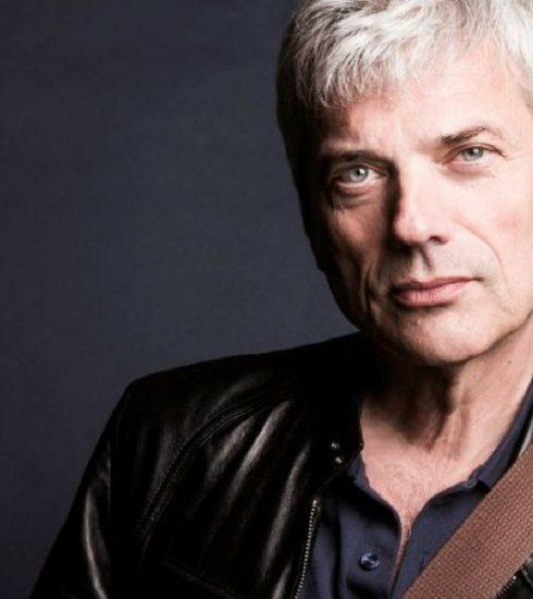 Jan Leyers maakt comebacktournee door Vlaamse theaterzalen