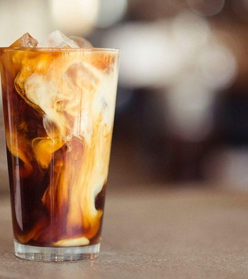 4 heerlijke receptjes voor zelfgemaakte ijskoffie