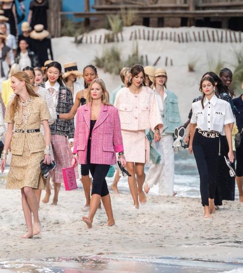 Paris Fashion Week: blootvoets bij Chanel