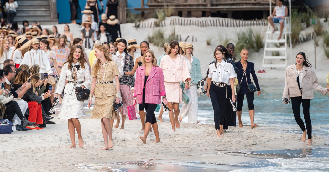 Paris Fashion Week: blootvoets bij Chanel