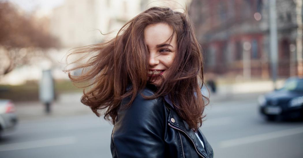 Dankzij deze handige tips blijft jouw gekleurd haar veel langer mooi