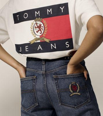 d6aed10e476 Crush of the day  Tommy Jeans Crest