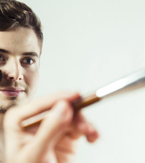 LONGREAD: Make-up voor mannen: over guyliner en manscara