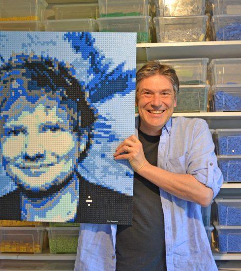 Wedstrijd: stuur een foto in en win jezelf in LEGO®-portret
