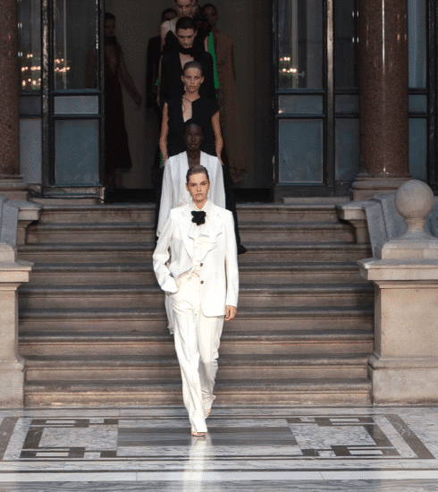 London Fashion Week: dit is Victoria Beckham SS20