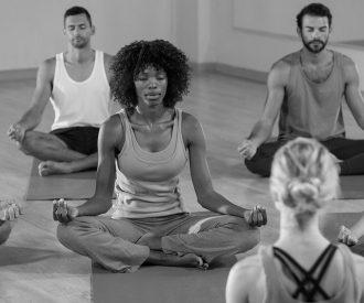 om_mantra_yoga