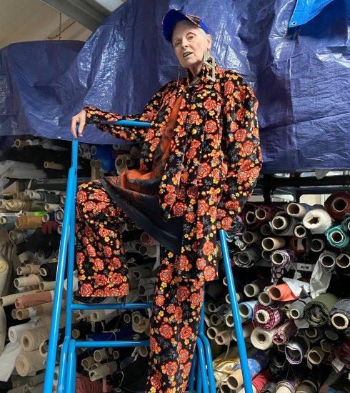 Vivienne Westwood zelf te zien in een campagne voor haar modemerk