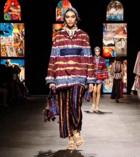 Dior brengt eerbetoon aan creatieve vrouwen op de catwalk